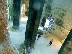 Eglise souterraine monolithe Saint-Jean - Français:   Église dite monolithe d\'Aubeterre-sur-Dronne (France)