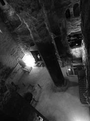 Eglise souterraine monolithe Saint-Jean - Français:   IIntérieur de l\'Église monolithe d\'Aubeterre-sur-Dronne (France)