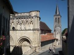 Eglise Saint-Jacques - Français:   L\'église Saint-Jacques d\'Aubeterre-sur-Dronne