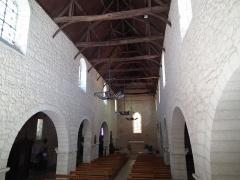 Eglise Saint-Jacques - Français:   Intérieur de l\'église Saint-Jacques d\'Aubeterre