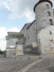 Château de François-Ier - Français:   Fontaine François 1er à Cognac