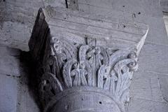 Eglise Saint-Martin - Deutsch:   Chadenac, Kapitell im Schiff