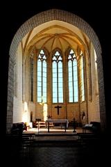 Eglise Saint-Herie - Deutsch: Ste.-Hérie, Gotischer Chor, (Glasmalerei im Foto entfernt)