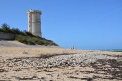 Vieux Phare des Baleines et phare des Baleineaux - Français:   Le \