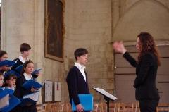 Eglise Saint-Martin dite Le Grand Fort - Français:   Le concert des Petits Chanteurs de Passy avant le concert dans l\'église Saint Martin de Saint-Martin-de-Ré en 2011.