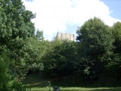 Tour de Broue -  Vue du donjon de Broue