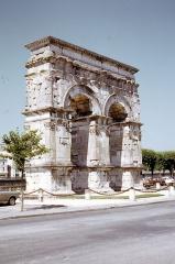 Arc de Triomphe - Français:   Saintes
