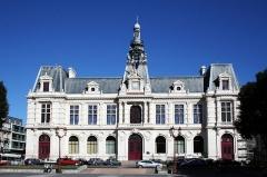 Hôtel de ville - Français:   Hôtel de ville de Poitiers ( Vienne )