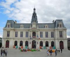 Hôtel de ville - English:   Poitiers, City Hall
