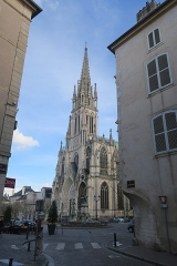 Basilique Saint-Epvre -  Maison 7 place Malval Nancy