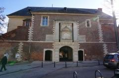 Porte de la Craffe - Passage sous la porte .