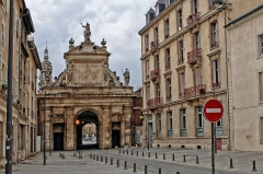Porte Saint-Georges -  Porte de St. Georges