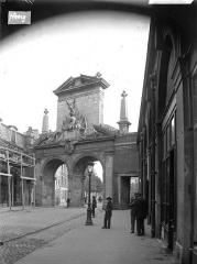Porte Saint-Nicolas -