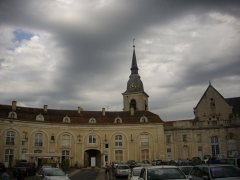 Eglise Saint-Pantaléon - Français:   Communs du Château de Commercy (Meuse, France) et église Saint-Pantaléon