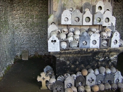 Cimetière -  Marville, Friedhof - cimetière (Meuse, France), Beinhaus - ossuaire