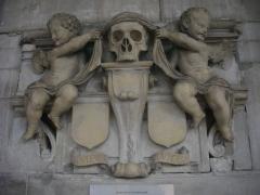 Eglise Saint-Etienne - Français:   Église Saint-Étienne de Saint-Mihiel (Meuse, France). Monument funéraire