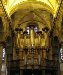 Eglise Saint-Martin - Français:   Orgue de l\'abbatiale Saint-Martin du Cateau-Cambrésis (59).