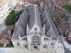 Eglise Saint-Eloi - Deutsch: Beffroi de Dunkerque - Saint Eloi von Belfried von Dünkirchen aus gesehen.