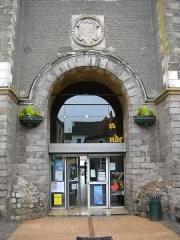 Hôtel de ville et beffroi - English:   The Passage des Hallettes, inside the town hall of Aire-sur-la-Lys, Pas-de-Calais, France.
