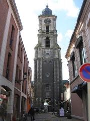 Hôtel de ville et beffroi -  Belfry of the town hall Aire-sur-la-Lys (France, dept. Pas-de-Calais)
