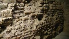 Enceinte gallo-romaine (vestiges) - English:   Remnants of the Roman wall in the Musée du château des ducs de Bretagne, Nantes