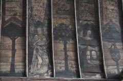 Eglise Saint-Aubin - Deutsch: Kirche Saint-Aubin in Bazouges-sur-le-Loir im Département Sarthe (Pays de la Loire/Frankreich), bemalte Holzdecke aus der ersten Hälfte des 16. Jahrhunderts; Darstellung: Engel, Schweißtuch der Veronika