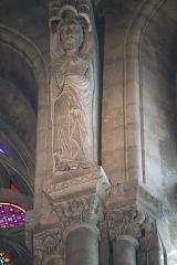 Abbaye de la Couture - Intérieur de l'église Notre-Dame-de-la-Couture au Mans (72). Chœur. Statue de Saint-Matthieu.