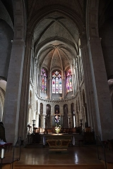 Abbaye de la Couture - Intérieur de l'église Notre-Dame-de-la-Couture au Mans (72). Chœur.