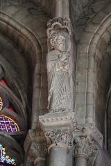 Abbaye de la Couture - Intérieur de l'église Notre-Dame-de-la-Couture au Mans (72). Chœur. Statue de Saint-Paul.