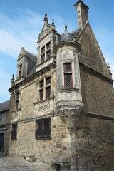 Sol de maison à maison - Deutsch: Maison de la Tourelle, Rue des Chanoines 27, in Le Mans im Département Sarthe (Pays de la Loire/Frankreich)
