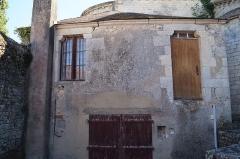 Eglise - Français:   La cure de l'église Notre-Dame-des-Anges.