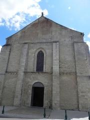 Eglise - English:   Church Sainte-Marie of Angles (Vendée, France)