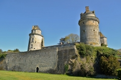 Château - English: Apremont