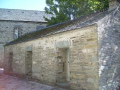 Porte de l'ancienne église abbatiale de Notre-Dame du Voeu -  Abbaye Notre-Dame du Voeu, Cherbourg-Octeville -  Ancienne prison.
