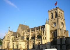 Basilique Sainte-Trinité -  Cherbourg (Normandie, France). La basilique Sainte-Trinité (côté nord).