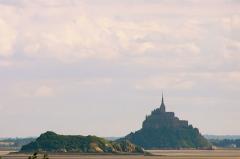 Ilot de Tombelaine -  Tombelaine et le Mont Saint-Michel vus depuis Saint-Jean-le-Thomas