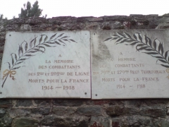 Casernes du Roc - English: Plaque commemorating the veterans of the 2nd and 202nd Infantry Regiment 1914-1918.