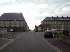 Casernes du Roc - English: Viewed from the entrance to the barracks of the Roc in Granville.