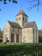 Eglise Notre-Dame-sur-l'Eau ou Notre-Dame-sous-l'Eau -  Domfront (Normandie, France). L'église Notre-Dame-sur-l'Eau.