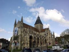 Eglise Saint-Gervais-Saint-Protais -  Falaise Eglise Saint-Gervais Cote Sud 23042016