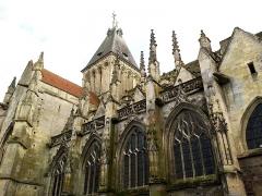 Eglise Saint-Gervais-Saint-Protais -  Falaise Eglise Saint-Gervais Transept Nord Tour Lanterne Romane 23042016