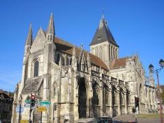 Eglise Saint-Gervais-Saint-Protais - Français:   Falaise (Normandie, France). L\'église Saint-Gervais-et-Saint-Protais.