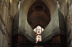 Eglise Saint-Michel - English: Pont l'Evêque (France): pipe organs in Saint-Michel church.