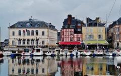 Hôtel de ville - Deutsch: Kai St. Stefan am Alten Bassin, Honfleur, Département Calvados, Region Normandie (ehemals Nieder-Normandie), Frankreich