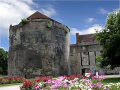 Château - English: Tour Notre-Dame, Auxonne, Burgundy, FRANCE