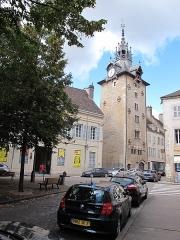 Beffroi - Français:   Tour de l\'horloge de Beaune