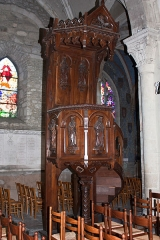 Eglise Saint-Pierre - English:  Pulpit.