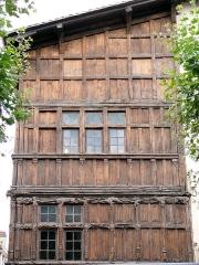Immeuble dit La maison de Bois - Français:   Mâcon - Maison de Bois - Façade sur la place