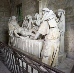 Hôpital - Nederlands: Graflegging (1454) in het Hôtel-Dieu van Tonnerre, Frankrijk, van Georges en Michiel de la Sonnette