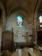 Eglise Saint-Pierre - Français:   Chapelle nord, 1ère travée, vue vers le nord.